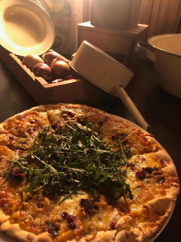 Pizza Ockelbo Lena´s Kök & Bar, Särna Camping webb